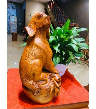 Tượng Linh Vật Con Chó Ngôi Canh Bao Tiền